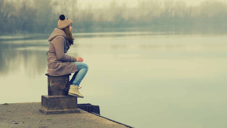Smart people enjoy more the loneliness