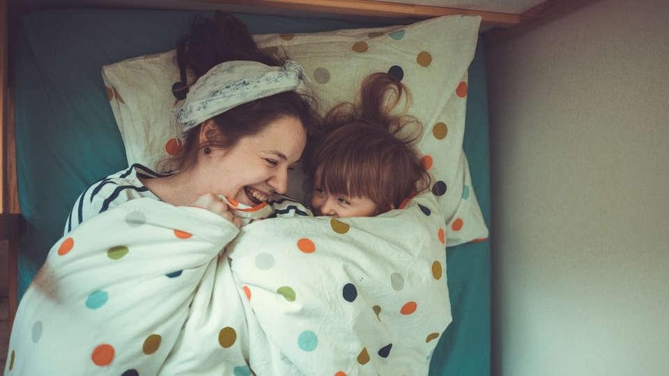 Putting kids to bed earlier improves the mental health of the parents