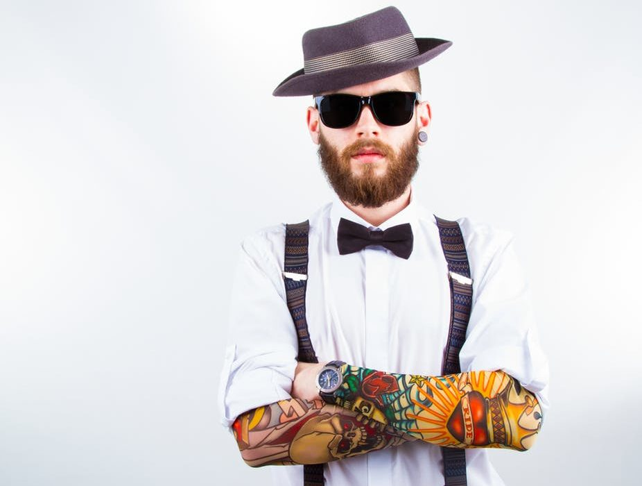 Hipster Effect: Why do anti-conformists end up looking alike?