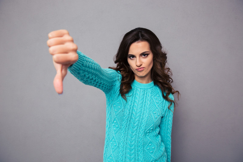 3 things that criticizing others reveal about you