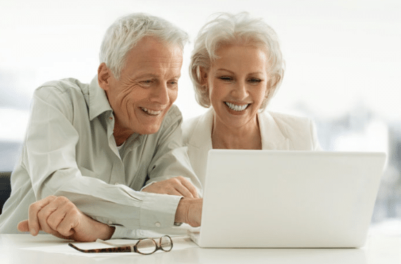 internet benefits elderly